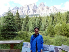Bow Valley Parkway - Castle Mountain (Kwong Yee Cheng) Tags: alberta banffnp bowvalleyparkway canada castlemountain