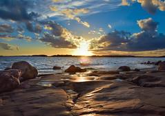 104 (anna.paavola) Tags: sunset lauttasaari helsinki finland rocks sea sky clouds