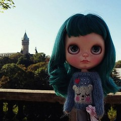 Beatrice,  the Traveling Blythe arrived to Luxembourg #travelingblythe #blythe #instadoll #dollphotography #toys #luxembourg