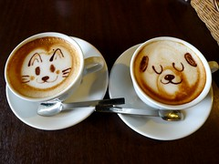 Latte art  (MRSY) Tags: dog art coffee animal japan cat geotagged  osaka latte   latteart kishiwada           geo:lat=3446736793785137 geo:lon=13537040501832962