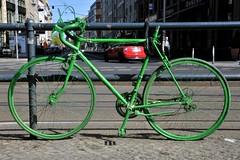 grün (velostat.) Tags: bicycle grün velo fahrrad fiets stahl guessedberlin gwbguckma cvelostat13086berlinlanghansstrase6