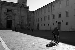 bike (Tosh Mafum) Tags: old city shadow white black church bike photo ombra chiesa bici città vecchia