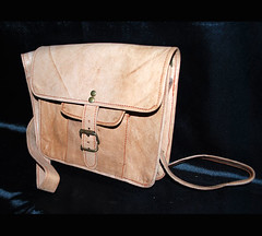 DSC_9881 (Global Art Interiors) Tags: travel brown leather bag shoe italian phone handmade cell diaper gifts fabric backpacks messenger bags acessories ellington