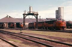 GM&O Bloomington, Illinois in June 1975. (rrradioman) Tags: ohio mobile gulf il 1975 bloomington gmo ilinois funit 808b
