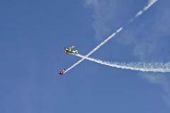 Bill Cornick vs. Spencer Suderman (cclark395) Tags: california usa airplane pentax aircraft airshow biplane k5 pitts elcentro njk s2b s2c 17x nafelcentro billcornick knjk navalairfacilityelcentro smcpentaxf17xafadapter 60250mm spencersuderman n57bc n260gr smcpentaxda60250mmf4ifsdm nafelcentroairshow2013