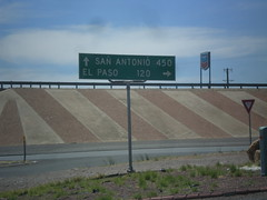 BL-10 (Golf Course Dr.) at I-10 (sagebrushgis) Tags: sign texas intersection i10 vanhorn biggreensign freewayjunction bl10vanhorn
