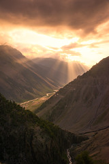 Himalayan Glory (brian.donegan) Tags: sun india mountain clouds landscape side rays kashmir himalaya