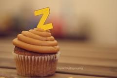 Z (Fajer Alajmi) Tags: wood caramel cupcake letter