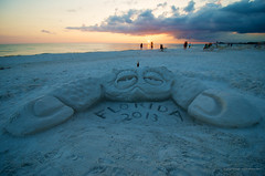 Sand Sculpture (_bmc_) Tags: sunset beach sand nikon florida wideangle beachsunset sandsculpture siestakey siestakeyfl nikond7000 nikkor1024mm
