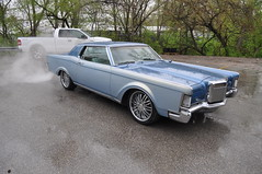 "1969 Lincoln Mark III • <a style=""font-size:0.8em;"" href=""http://www.flickr.com/photos/85572005@N00/8681318318/"" target=""_blank"">View on Flickr</a>"