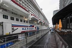 Maidentrip Norwegian Breakaway (anat kroon) Tags: newyork netherlands rain clouds lluvia rotterdam nederland wolken cruiseship holanda regen cruiseterminal ncl meyerwerft wilhelminapier norwegiancruiseline cruiseboot nikond800 kroonenvanmaanenfotografie anatkroon norwegianbreakaway cruiseportterminal
