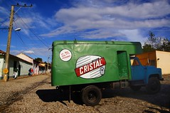 _DSC5050_ (Konrad Lembcke) Tags: road street door old blue sky beer sign metal rural america truck de countryside official bars locals view wheat cerveza cuba can container wires trinidad hop cuban sell cristal vending seller parqueo cervez