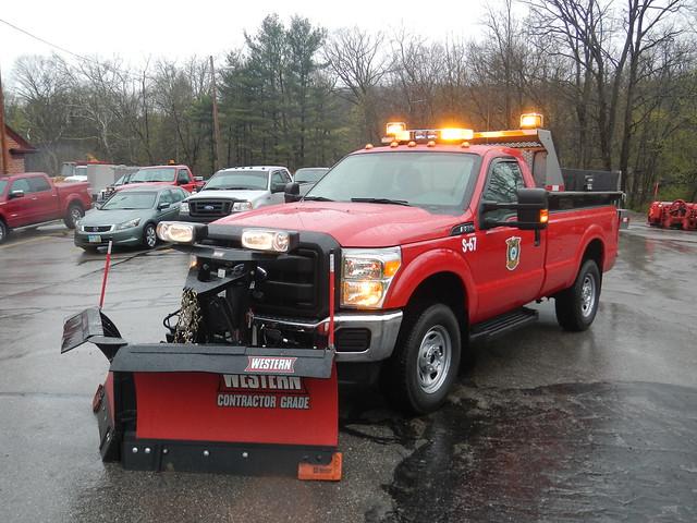 street snow ford truck bed salt dump pickup western plow department f350 chagrinfalls spreader