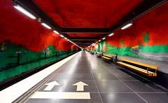 Solna t-bane stasjon🇸🇪 (jonarnefoss2013) Tags: nikonv3 nikon openstockholm tbanen sverige metro sweden nikon1 stockholm