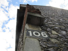 Row 106 (LookaroundAnne) Tags: greatyarmouth yarmouth norfolk tolhouse museum number wall row106 106frame