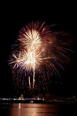 2-2450 (Ray. Hines) Tags: pentaxk5 paignton torbay devon fireworks smcpentaxda18135mmf3556edalifdcwr