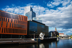 Malm Live (Maria Eklind) Tags: malmlive city outdoor houses euorpe malm cityview street reflection spegling buildings norravallgatan himmel sweden architecture clouds skneln sverige se