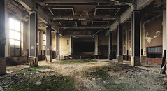 Goliath. (Johannes Burkhart) Tags: urbex hall decay urbanexploration schattenlicht concert lostplace architecture abandoned theatre goliath