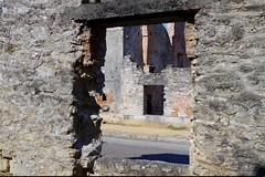 Oradour sur Glane, 2016 (44) (Sebmanstar) Tags: oradour sur glane 1944 allemagne tyrannie france french europe europa histoire historique guerre mort village villageois resistance eglise mondial feu martyr