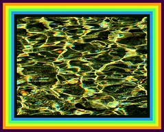 Rainbows are everywhere (Pictoscribe) Tags: pictoscribe water ripples refracting moving rainbows prism