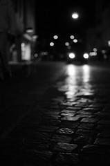Noir (Claudio Taras) Tags: claudio contrasto controluce taras trier nikon night light luci street shadow streetshot bw biancoenero bokeh