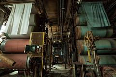 Textiles (Skier1437) Tags: abandoned urbex urban exploration eastcoast decay urbandecay mill buildling textile textilemill fabric sheets sheet industry abandonedindustry factory industrialrevolution industrial white green conveyor machine machinery