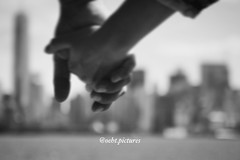 Together....side by side (999theo999) Tags: hearts best beat photographer sony pictures black photography photo picture nice liberty valentines america usa relation sweet blackandwhite amazing holding inlove toghether beautiful cool together hands manhattan oehtpictures oeht ny lovenewyork nyc newyork side love