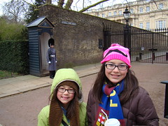 DSC07002 (TheKilens) Tags: uk vacation england london europe buckinghampalace melina maile changingoftheguard