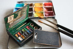 Miniature Artist Paint Box (noriko.stardust) Tags: art watercolor painting studio miniature paint artist box handmade oneofakind fine blogger sketchbook bijou stuff watercolour handcrafted material newton treasures palette winsor paintbox workofart studiostuff bijoubox