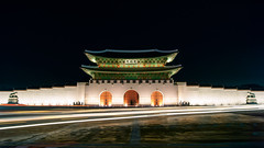 The Gate Of Virtue (Yoonki Jeong) Tags: night nightscape shot trace palace korea seoul nightscene nightview gyeongbokgung  gwanghwamun rampart        haechi   gwanghwamunsquare