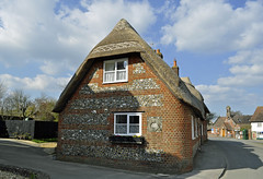 Dorset thatched cottage (dawn.v) Tags: uk england village cottage bluesky dorset april thatched thatchedcottage englishvillage okefordfitzpaine steamercottage