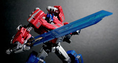 Optimus Prime with Sky Breaker (Jova Cheung) Tags: toys actionfigure transformers mecha optimusprime superrobot skybreaker fallofcybertron