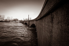 GRAND RAPIDS FLOOD 2013-1384 (RichardDemingPhotography) Tags: flooding flood michigan grandrapids grandriver grandrapidsmichigan floodwater westmichigan downtowngrandrapids puremichigan flood2013 michiganflooding grandrapidsflood