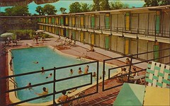 HOLIDAY INN OF NEW ORLEANS WEST, LOUISIANA (1950sUnlimited) Tags: travel vacation tourism hotel interior lakes motel roadtrips villages cocktail postcards leisure roadside poolside resorts midcentury cottages swimmingpools lobbies golfcourses lounges