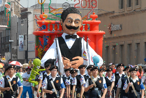 25 de abril de 2013 - Desfile de primavera 2013