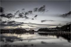 Ocaso en el Muelle (ribadeluis) Tags: sunset sky reflection puerto noche muelle asturias cielo reflejo villa canonef2470mmf28lusm ria sella anochecer ribadesella marinero cantabrico desembocadura marinera santamarina canoneos6d flickrstruereflection1 flickrstruereflection3