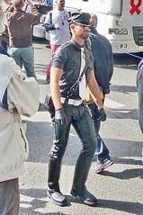 bootsservice 16 480616 (bootsservice) Tags: paris gay pride marche des fierts bottes cuir boots leather motards motos motorcyclists motorbiker caoutchouc rubber uniforme uniform orlando