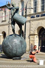AUG_1623_00003 (Roy Curtis, Cornwall) Tags: uk cornwall truro busker streetperformer statue thedrummer