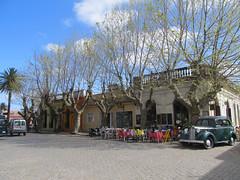 """Colonia del Sacramento: le quartier historique <a style=""""margin-left:10px; font-size:0.8em;"""" href=""""http://www.flickr.com/photos/127723101@N04/29704823385/"""" target=""""_blank"""">@flickr</a>"""