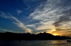 Atardecer a orillas del viejo Duero (chemakayser) Tags: sun atardecer portugal rio duero river sunset porto oporto ribeira