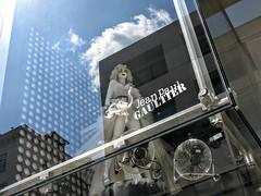 My Marilyn (Amaranta*) Tags: marilyn vienna gautier vetrina riflessi