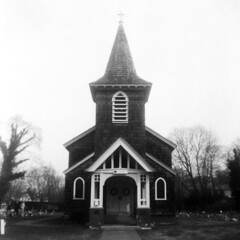 Old Grace Church (alanabramsphotography) Tags: ny newyork 120 6x6 church mediumformat kodak longisland 120film brownie hawkeye episcopal browniehawkeye 620film 620 episcopalchurch gracechurch massapequa browniehawkeyeflash oldgracechurch