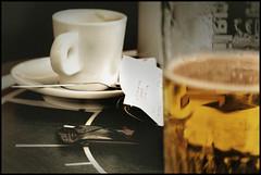 Pause caf (gmouret92) Tags: beer glass caf bar lensbaby sete double pro bire composer optic cette