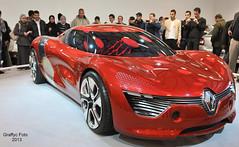 Alger : Salon de l'automobile 2013 (Graffyc Foto) Tags: auto show car de rouge nikon plateau renault animation salon motor concept et f28 hdr alu alger 1755 d300 tournant photomatix safex 2013 lautomobile dezir