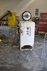 "Harley Davidson Vintage Gas Pump Style Kegerator • <a style=""font-size:0.8em;"" href=""http://www.flickr.com/photos/85572005@N00/8633646231/"" target=""_blank"">View on Flickr</a>"