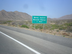 US-70 West Approaching White Sands IC (sagebrushgis) Tags: newmexico sign intersection whitesandsmissilerange donaanacounty biggreensign us70 freewayjunction bataanmemorialhighway