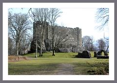 Dunstaffnage Castle (Mac ind g) Tags: holiday castle walking scotland spring arch framed oban dunstaffnage