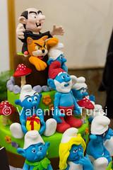 cake design week (Valentina Turci) Tags: italy art colors cake canon eos design italia arte cartoon pasta sugar di napoli naples week tamron smurfs torta fiera esposizione zucchero puffi 550d 1750mm expò