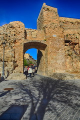 007250 - Cuenca (M.Peinado) Tags: españa canon spain gente farol castillo hdr escaleras cuenca castillalamancha 2013 ccby canoneos60d provinciadecuenca 20042013 abrilde2013