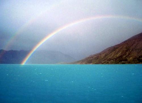 Avec les salutations du ciel , nous quittons le lac ...